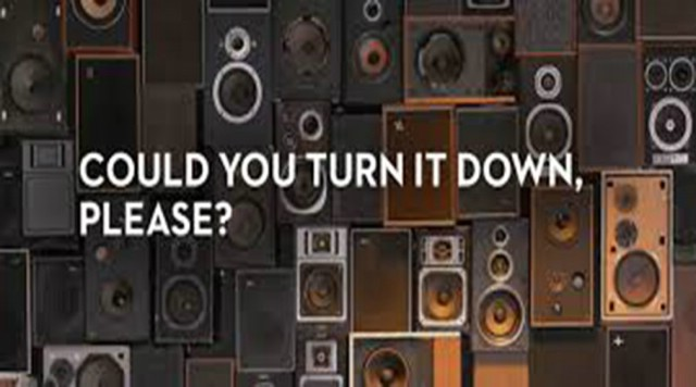 Click Here: Save your hearing! Turn the music down!